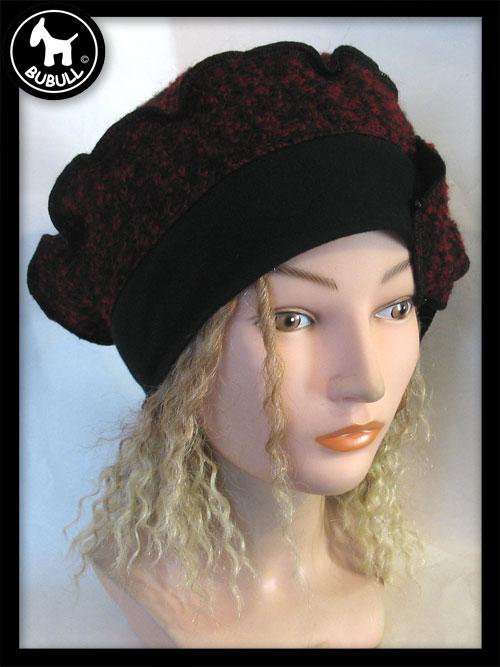 beret noir rouge laine ref 1127. Black Bedroom Furniture Sets. Home Design Ideas