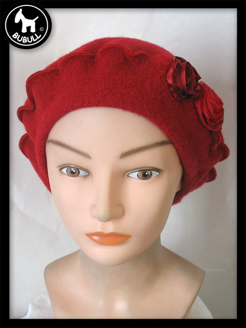 beret femme rouge ref 857. Black Bedroom Furniture Sets. Home Design Ideas